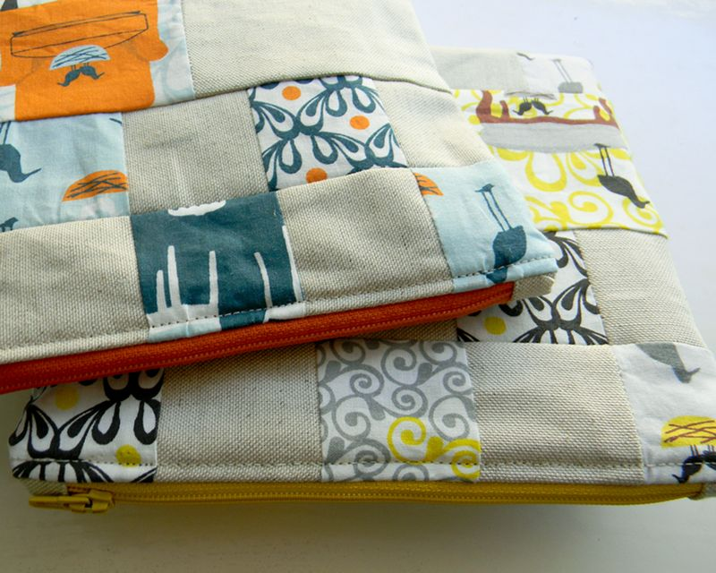 Nesting-Chairs-Zipper-Pouches-005